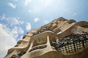 ley arquitectura catalana pedrera